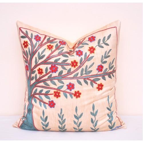 Наволочка декоративная для подушек на диван