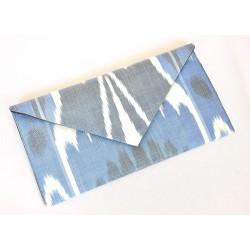 Элегантная сумочка-конвер Икат