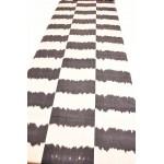 Черно-белый Икат