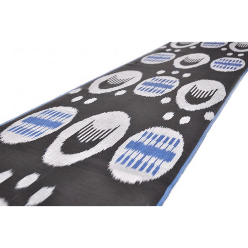 Черно синяя ткань