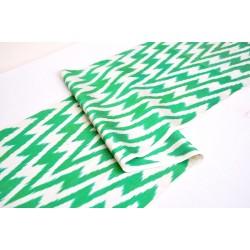 Ткань зеленый зиг-заг