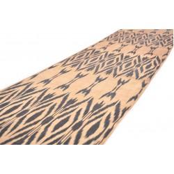 Нежная шелковая ткань