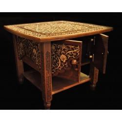 Журнальный столик в стиле Ислими