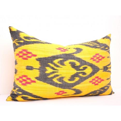 Диванная подушка удлиненная